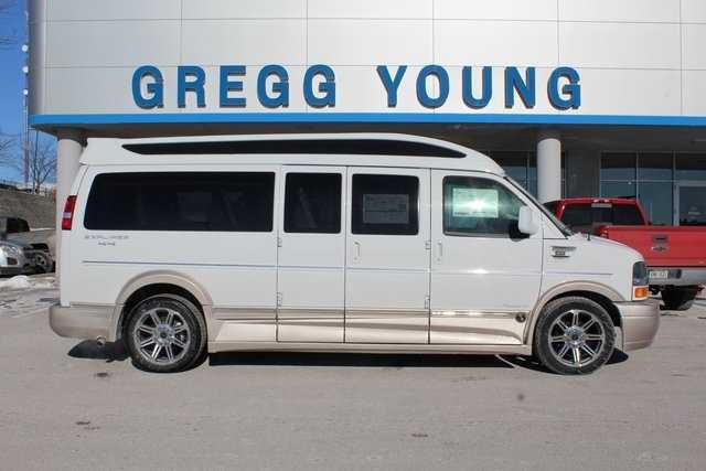2017 Explorer Van CHEVROLET EXPRESS Explorer Van